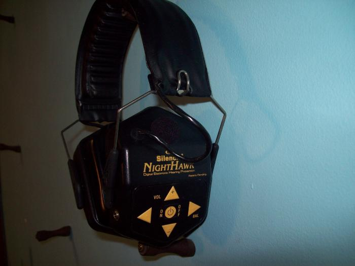 SILENCIO ELP97 ELECTRONIC EAR MUFF,HEARING PROTECT - Picture 1
