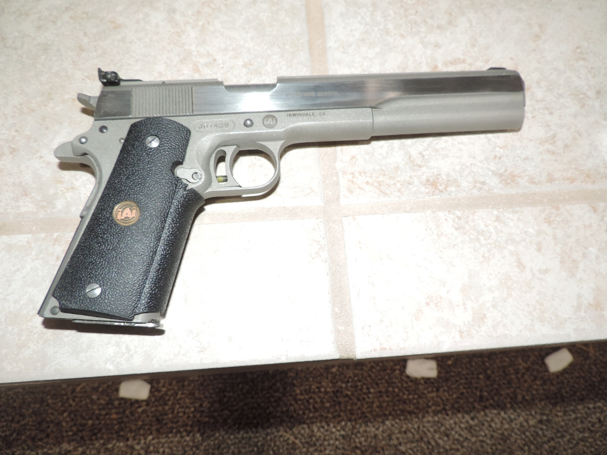 - JAVELINA 10 MM BY AMT IN GREAT SHAPE WITH NO RESERVE - Picture 2